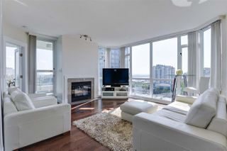 Photo 1: 904 140 E 14TH STREET in North Vancouver: Central Lonsdale Condo for sale : MLS®# R2270647