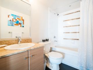 Photo 11: 2903 909 MAINLAND STREET in Vancouver: Yaletown Condo for sale (Vancouver West)  : MLS®# R2213017