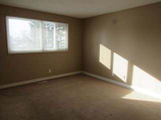 Photo 12: 21 Aspen Crescent in St. Albert: House for rent