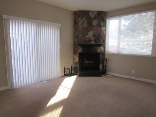 Photo 7: 21 Aspen Crescent in St. Albert: House for rent