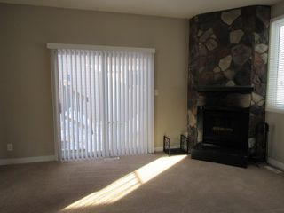 Photo 9: 21 Aspen Crescent in St. Albert: House for rent