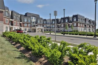 Photo 7: 2300 Upper Middle Rd W #313 in : 1007 - GA Glen Abbey CND for sale (Oakville)  : MLS®# 30607056