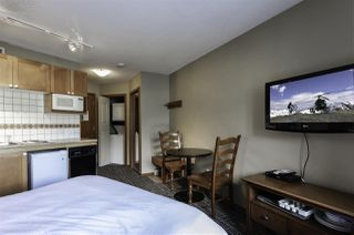 "Photo 2: 612 4315 NORTHLANDS Boulevard in Whistler: Whistler Village Condo for sale in ""CASCADE LODGE"" : MLS®# R2388811"