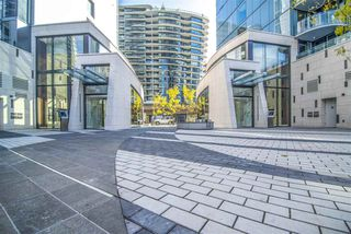 "Photo 16: 1603 89 NELSON Street in Vancouver: Yaletown Condo for sale in ""THE ARC"" (Vancouver West)  : MLS®# R2411058"