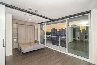 "Photo 7: 1603 89 NELSON Street in Vancouver: Yaletown Condo for sale in ""THE ARC"" (Vancouver West)  : MLS®# R2411058"