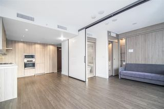 "Photo 4: 1603 89 NELSON Street in Vancouver: Yaletown Condo for sale in ""THE ARC"" (Vancouver West)  : MLS®# R2411058"
