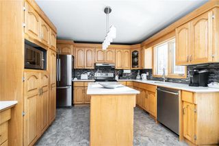 Photo 6: 131 Lindenwood Drive West in Winnipeg: Linden Woods Residential for sale (1M)  : MLS®# 202002978