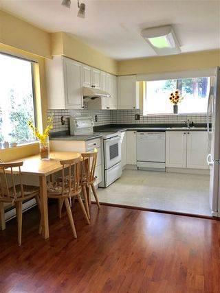 "Photo 4: 7220 SCHAEFER Avenue in Richmond: Broadmoor House for sale in ""Broadmoor"" : MLS®# R2439674"
