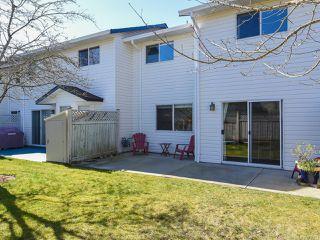 Photo 2: 225 680 Murrelet Dr in COMOX: CV Comox (Town of) Row/Townhouse for sale (Comox Valley)  : MLS®# 836134