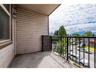 "Photo 19: 204 46021 SECOND Avenue in Chilliwack: Chilliwack E Young-Yale Condo for sale in ""The Charleston"" : MLS®# R2461255"