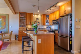 Photo 3: 5384 WAKEFIELD BEACH Lane in Sechelt: Sechelt District Townhouse for sale (Sunshine Coast)  : MLS®# R2470728