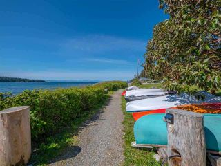 Photo 34: 5384 WAKEFIELD BEACH Lane in Sechelt: Sechelt District Townhouse for sale (Sunshine Coast)  : MLS®# R2470728