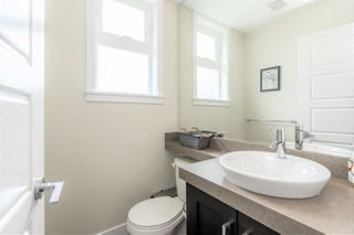 """Photo 15: 31 20967 76 Avenue in Langley: Willoughby Heights Townhouse for sale in """"NATURE'S WALK"""" : MLS®# R2472960"""