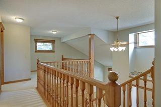 Photo 15: 11 STRATHLORNE Bay SW in Calgary: Strathcona Park Detached for sale : MLS®# A1025506