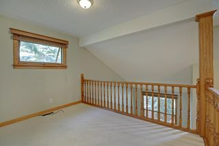Photo 17: 11 STRATHLORNE Bay SW in Calgary: Strathcona Park Detached for sale : MLS®# A1025506