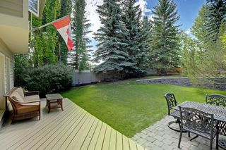 Photo 26: 11 STRATHLORNE Bay SW in Calgary: Strathcona Park Detached for sale : MLS®# A1025506