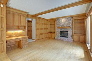 Photo 12: 11 STRATHLORNE Bay SW in Calgary: Strathcona Park Detached for sale : MLS®# A1025506