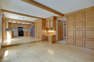 Photo 11: 11 STRATHLORNE Bay SW in Calgary: Strathcona Park Detached for sale : MLS®# A1025506