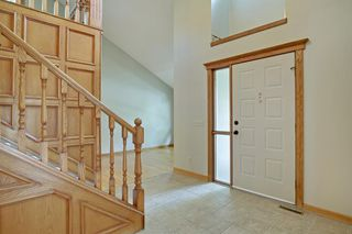 Photo 2: 11 STRATHLORNE Bay SW in Calgary: Strathcona Park Detached for sale : MLS®# A1025506
