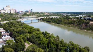 Photo 4: 9518 100 Street in Edmonton: Zone 12 House for sale : MLS®# E4214325