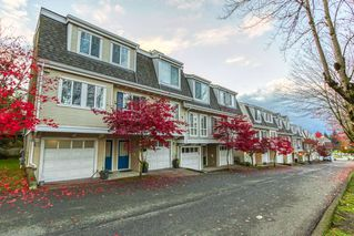 "Photo 1: 61 8890 WALNUT GROVE Drive in Langley: Walnut Grove Townhouse for sale in ""HIGHLAND RIDGE"" : MLS®# R2516957"
