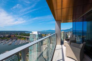 "Photo 14: 3703 1480 HOWE Street in Vancouver: Yaletown Condo for sale in ""Vancouver House"" (Vancouver West)  : MLS®# R2527999"