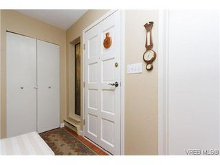 Photo 2: 12 Amber Pl in VICTORIA: VR Glentana Single Family Detached for sale (View Royal)  : MLS®# 635266
