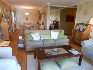 Photo 2: 102 3784 W 16TH Avenue in Vancouver: Dunbar Condo for sale (Vancouver West)  : MLS®# V1000017