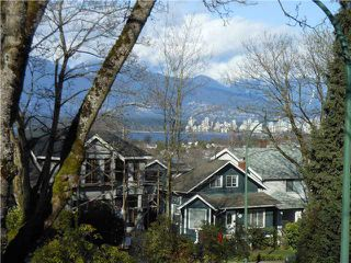 Photo 1: 102 3784 W 16TH Avenue in Vancouver: Dunbar Condo for sale (Vancouver West)  : MLS®# V1000017