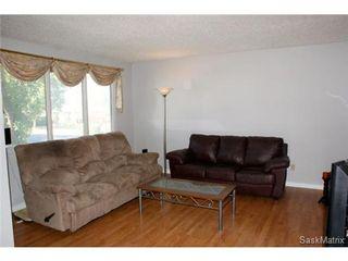 Photo 8: 320 TREMAINE Avenue in Regina: Walsh Acres Single Family Dwelling for sale (Regina Area 01)  : MLS®# 506223