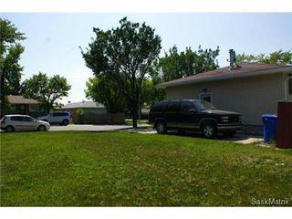 Photo 6: 320 TREMAINE Avenue in Regina: Walsh Acres Single Family Dwelling for sale (Regina Area 01)  : MLS®# 506223