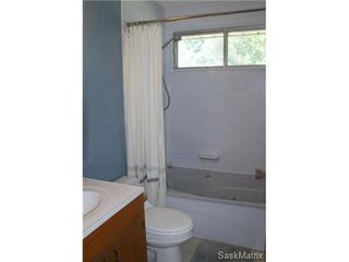 Photo 18: 320 TREMAINE Avenue in Regina: Walsh Acres Single Family Dwelling for sale (Regina Area 01)  : MLS®# 506223