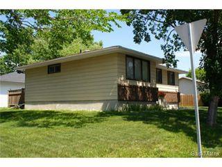 Photo 5: 320 TREMAINE Avenue in Regina: Walsh Acres Single Family Dwelling for sale (Regina Area 01)  : MLS®# 506223