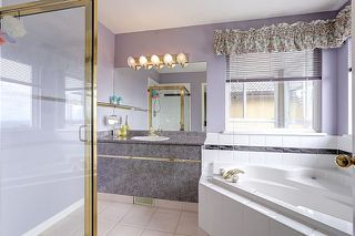 Photo 11: 2956 COYOTE COURT in Coquitlam: Westwood Plateau House for sale : MLS®# R2054408