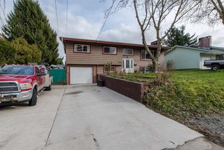 Photo 2: 2318 IMPERIAL STREET in Abbotsford: Abbotsford West House for sale : MLS®# R2045768