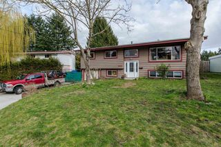 Photo 1: 2318 IMPERIAL STREET in Abbotsford: Abbotsford West House for sale : MLS®# R2045768