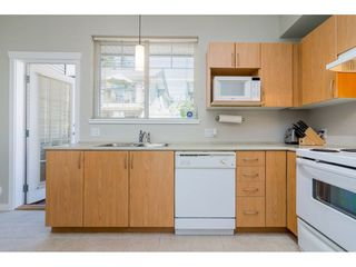 Photo 5: 4 5839 PANORAMA DRIVE in Surrey: Sullivan Station Townhouse for sale : MLS®# R2300974