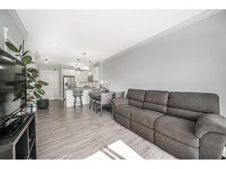Photo 6: 403 2268 Shaughnessy Street in Port Coquitlam: Central Pt Coquitlam Condo for sale : MLS®# R2270479