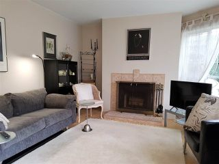 "Photo 3: 105 555 W 14TH Avenue in Vancouver: Fairview VW Condo for sale in ""CAMBRIDGE PLACE"" (Vancouver West)  : MLS®# R2388008"