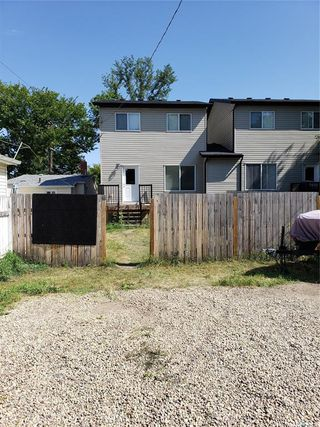 Photo 3: 537 L Avenue North in Saskatoon: Westmount Residential for sale : MLS®# SK784314