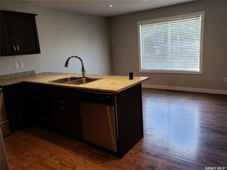 Photo 7: 537 L Avenue North in Saskatoon: Westmount Residential for sale : MLS®# SK784314