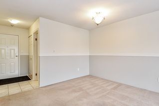 "Photo 5: 304 1354 WINTER Street: White Rock Condo for sale in ""Winter Estates"" (South Surrey White Rock)  : MLS®# R2418104"