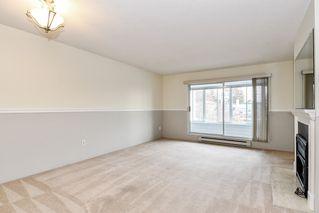 "Photo 3: 304 1354 WINTER Street: White Rock Condo for sale in ""Winter Estates"" (South Surrey White Rock)  : MLS®# R2418104"