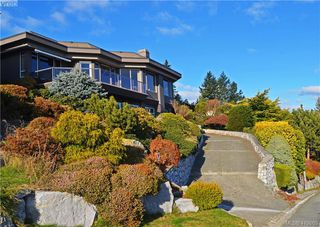 Photo 2: 4864 Stormtide Way in VICTORIA: SE Cordova Bay Single Family Detached for sale (Saanich East)  : MLS®# 419863