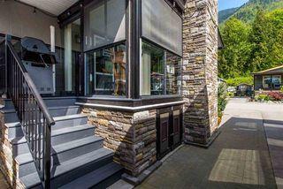 "Photo 4: 10 53480 BRIDAL FALLS Road in Rosedale: Rosedale Popkum House for sale in ""Bridal Falls Cottage Resort"" : MLS®# R2428838"