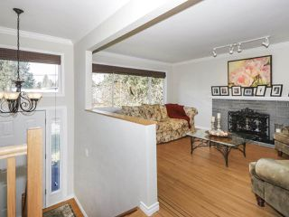 Photo 2: 687 FIRDALE Street in Coquitlam: Central Coquitlam House for sale : MLS®# R2447108