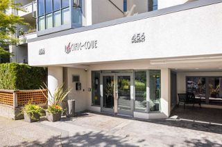 """Photo 14: 403 456 MOBERLY Road in Vancouver: False Creek Condo for sale in """"Pacific Cove"""" (Vancouver West)  : MLS®# R2470128"""