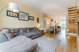 Photo 9: 2 10974 BARNSTON VIEW ROAD in Pitt Meadows: South Meadows Townhouse for sale