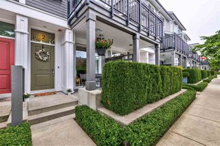 Photo 3: 2 10974 BARNSTON VIEW ROAD in Pitt Meadows: South Meadows Townhouse for sale