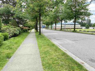 """Photo 10: 8 7170 ANTRIM Avenue in Burnaby: Metrotown Townhouse for sale in """"HEIGHTS AT ROYAL OAK"""" (Burnaby South)  : MLS®# R2481459"""